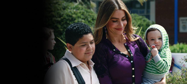Modern Family Season 5 Hero Image
